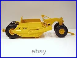 Caterpillar 491 Scraper 1/25 First Gear #49-0175 Brand New
